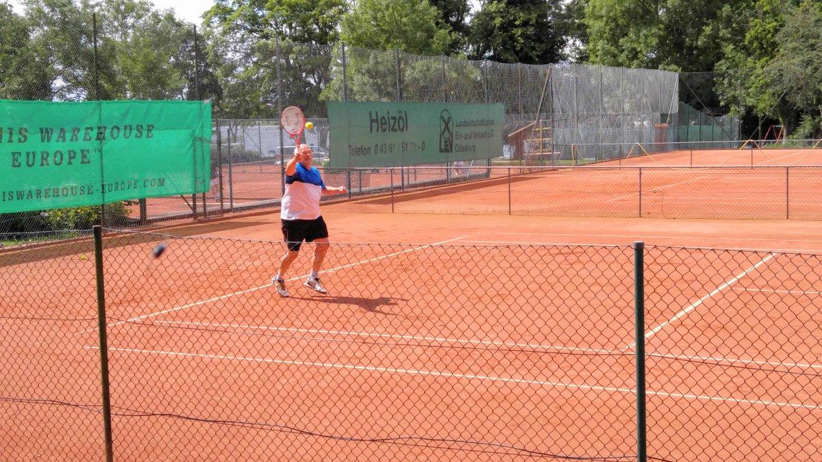 Stefan Schwannecke(1)  2-maliger Deutschen Meister im Angelweitwurf und Weltmeister mit Guinessbuch-Eintrag im Dauertennis(46 Stunden nonstop).