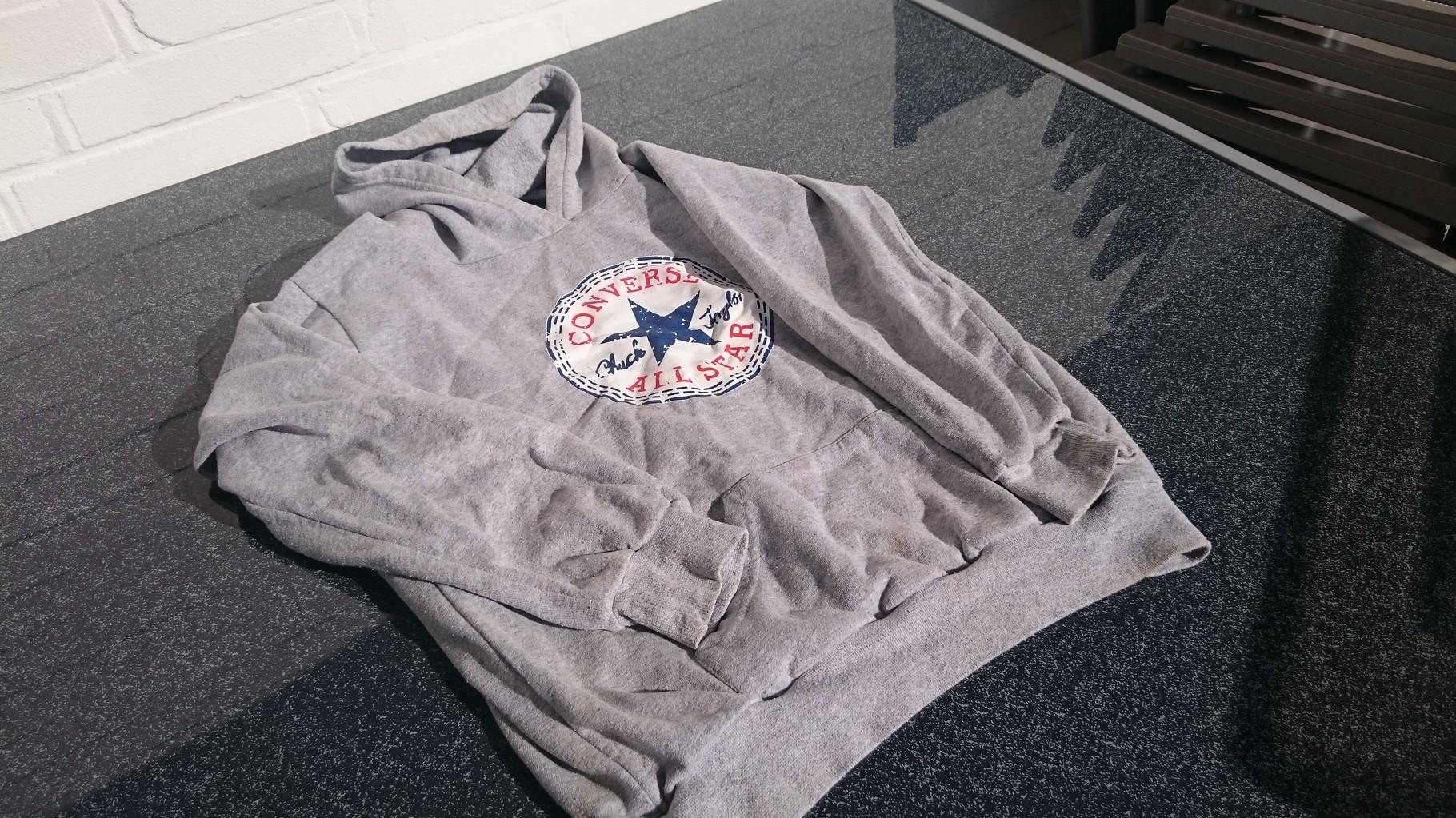 1 Jugend-Sweatshirt mit Kaputze