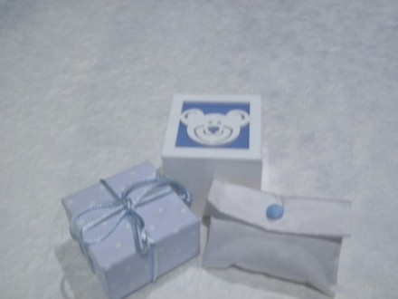 Scatole orsetto e portaconfetti per bambino
