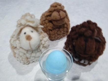 Pecorelle e uova di zucchero
