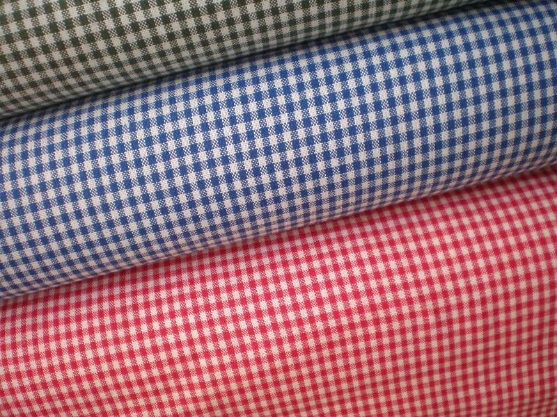 Wieder da: Vichykaro 2mm, gewebt, BW, 150cm breit, Euro 12,50 Farbe rot, blau und dunkleres grün