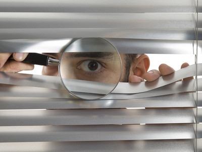 Unternehmens-Check: Gegen Betriebsblindheit und Befangenheit und eine noch bessere Wirkung auf Kunden. Wir nehmen Ihr Unternehmen unter die Lupe und sagen Ihnen, was gut ist und besser geht