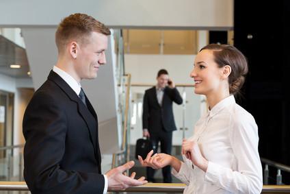 Beratung vor Job-Beginn. Im neuen Unternehmen Fuß fassen und sich etablieren. Hinterlassen Sie in den ersten 4 Wochen im neuen Job einen nachhaltig positiven Eindruck. Optimales Verhalten in den ersten Tage im neuen Unternehmen