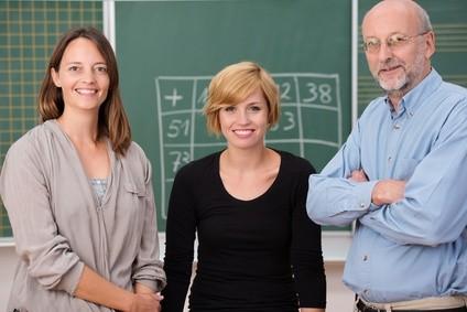 Beratung für Lehrer und Eltern bei Problemen in der Schule. Probleme in der Schule abstellen. Ursachen erkennen, Wahrnehmung und Verhalten ändern