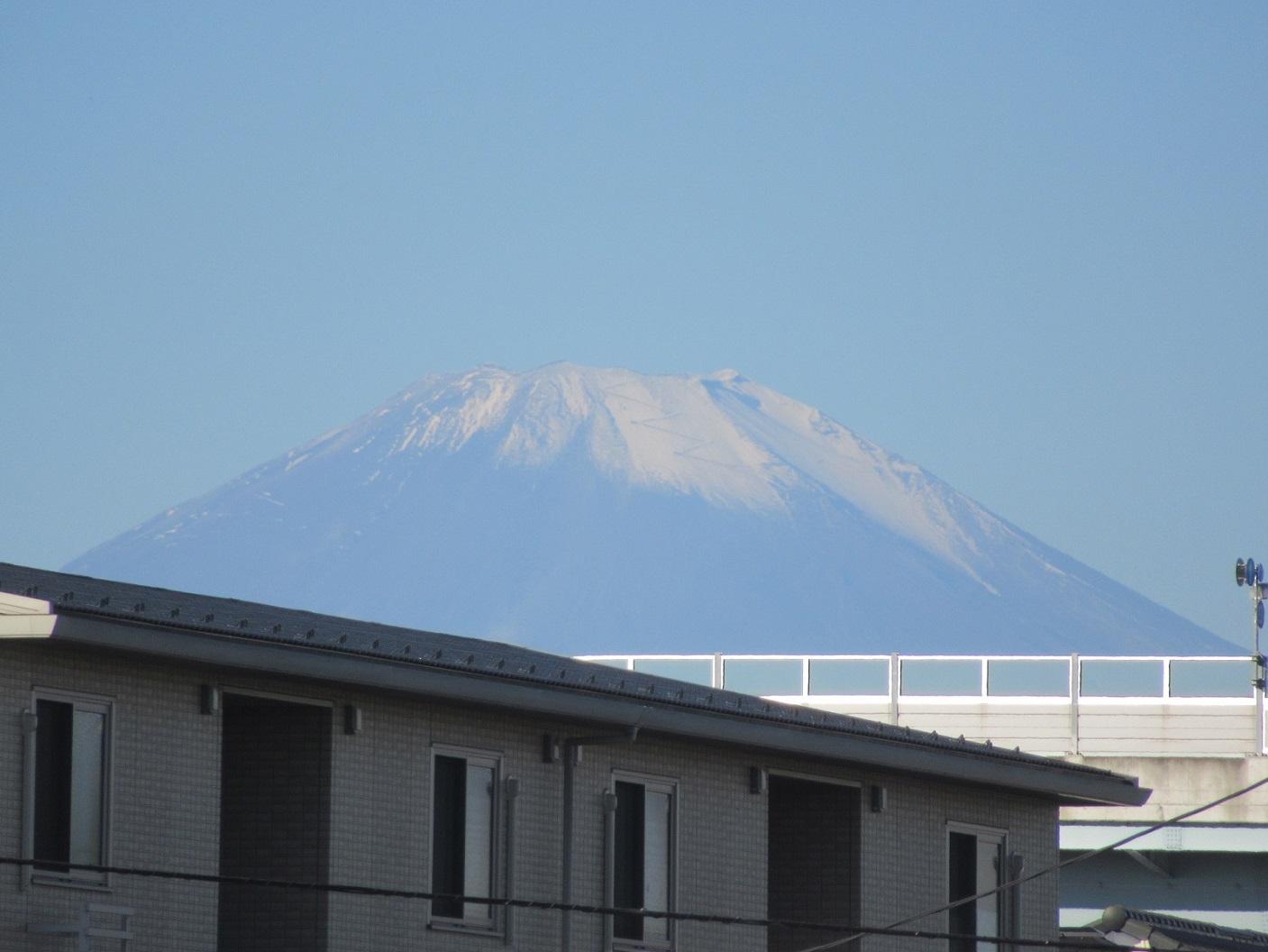 馬場交差点付近から見た富士山