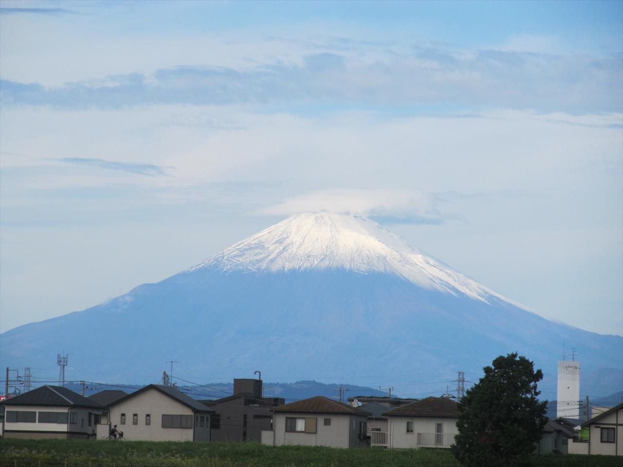 富士山と笠雲です