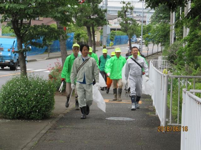 作業場所への移動中(山本県議と畑村部長も参加されました)
