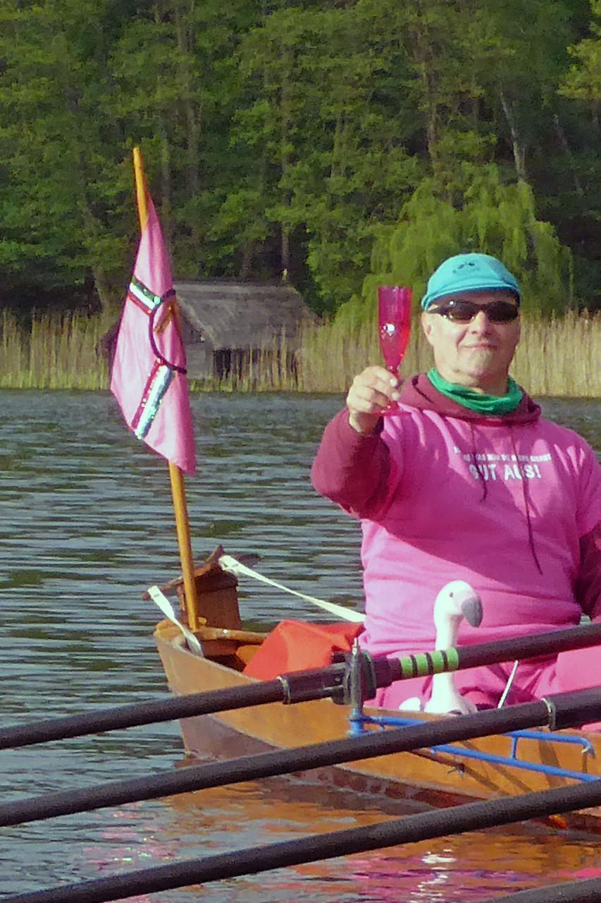Der Mann im Boot verdient Respekt!