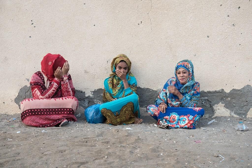 Auch den Frauen geht es gut im Oman, denn ihr Sultan unterstützt ausdrücklich ihre Ausbildung. Frauen die selbst arbeiten, können ihr Geld für sich behalten. Denn für das Einkommen der Familie sind allein die Männer zuständig. Foto: Andrea Weiner