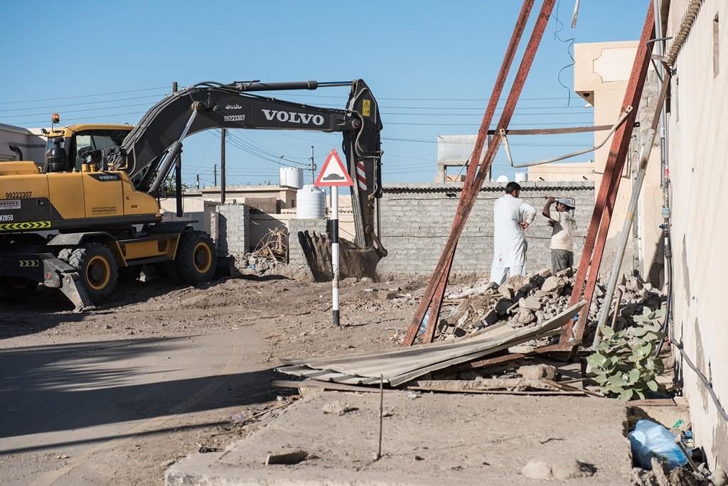 ...so wird überall gebaut, Straßen werden neu befestigt, moderne Häuser entstehen und alte werden abgerissen. Foto: Andrea Weiner