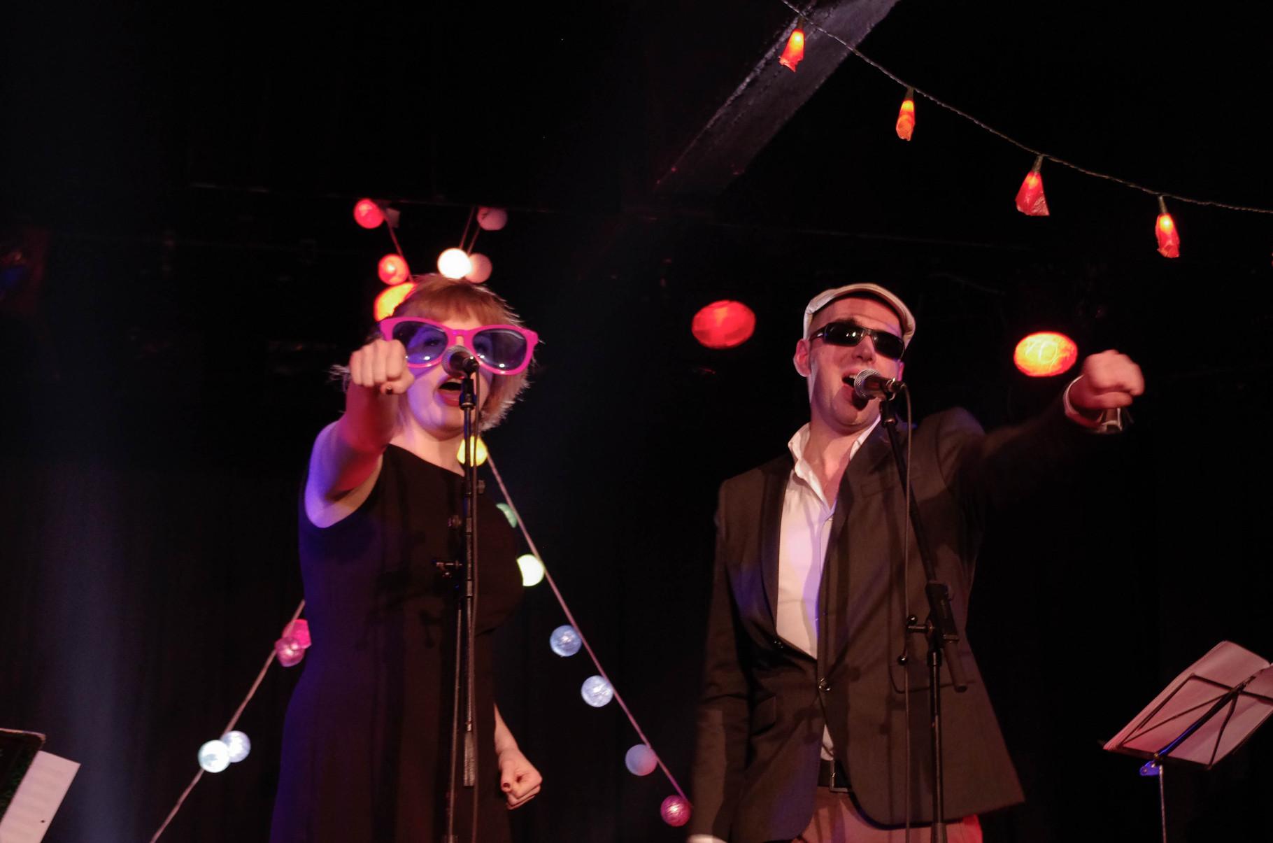 Marly & Johnny - Cabaret pour piano et rouge à lèvres