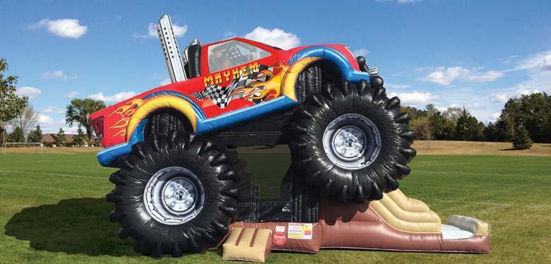 Monster Truck, Platzbedarf 10x4x6 Meter