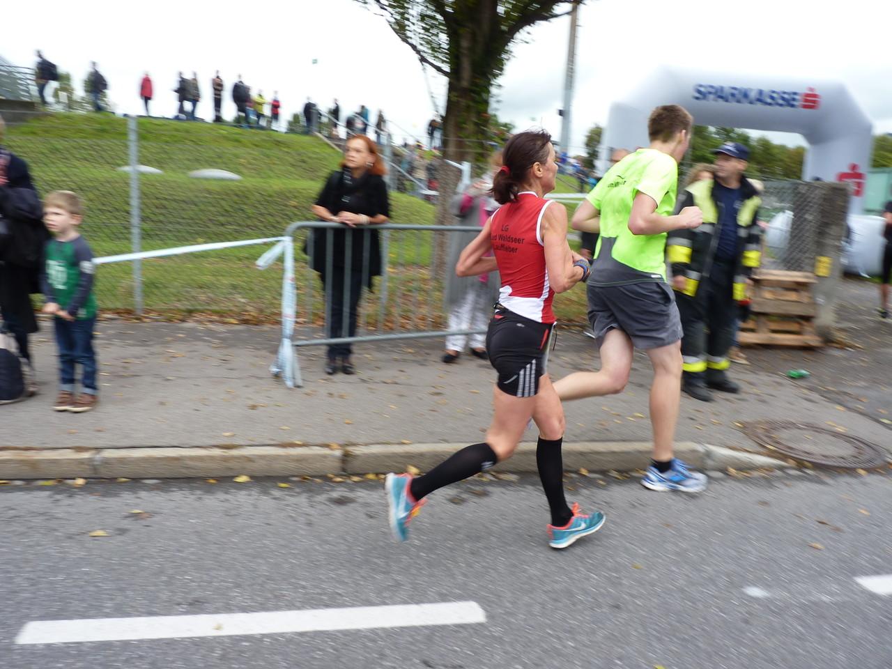 Heidi - Halbmarathon in 1:43:24