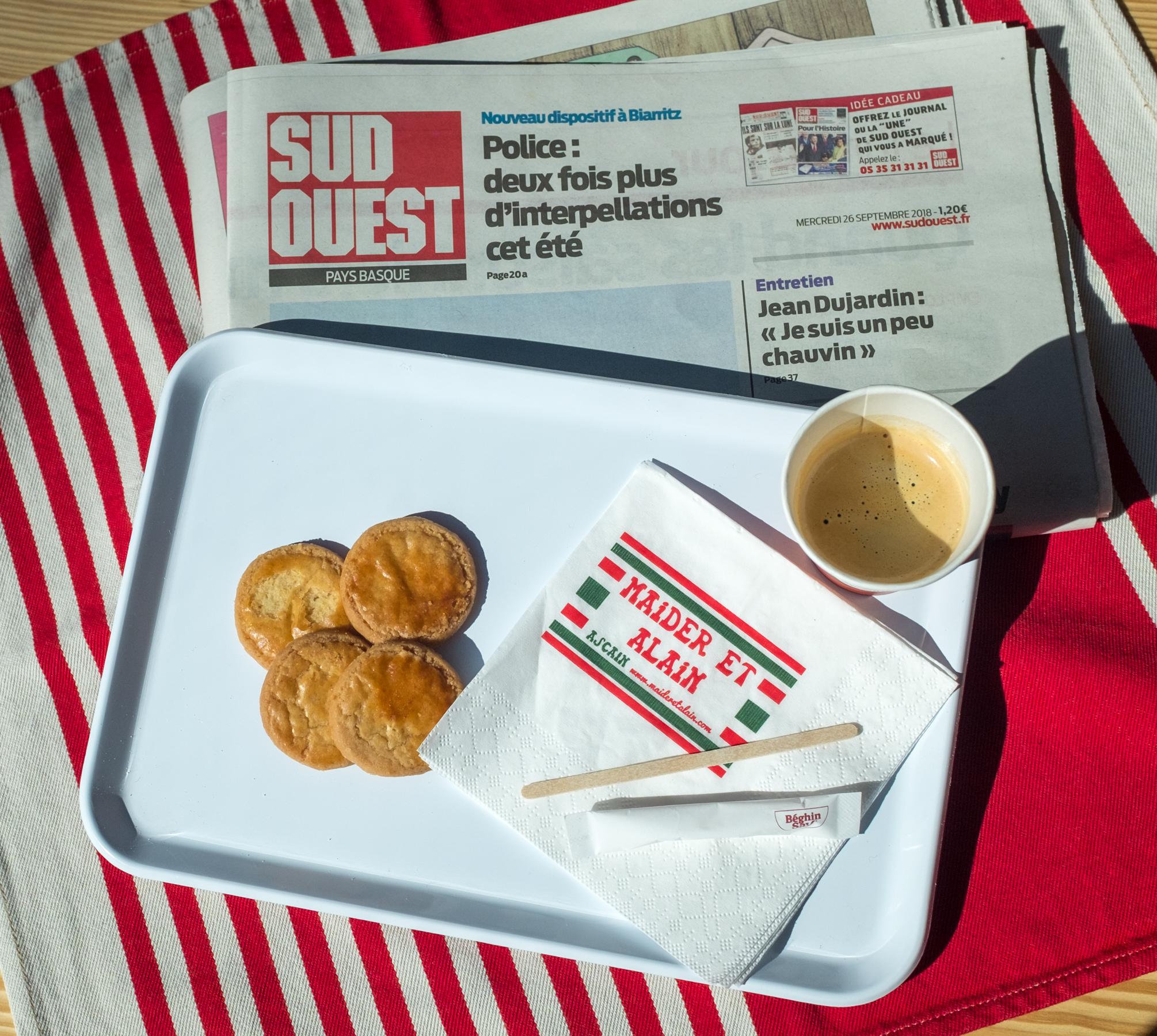 Café, viennoiserie et Sud-ouest