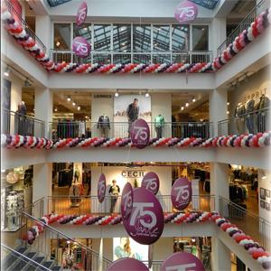 Girlande Luftballon Ballon Ballongirlande Dekoration Jubiläum Gebrüder Götz Modehaus Würzburg