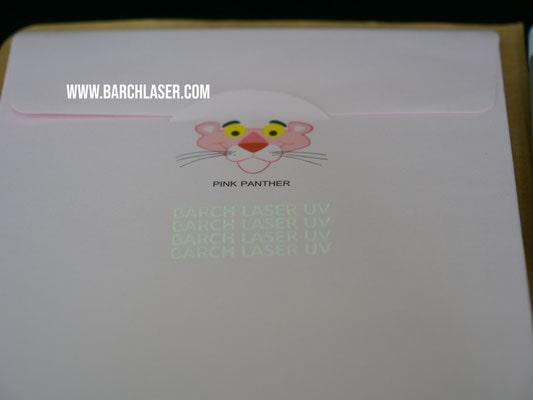 Grabado de papel con maquina laser
