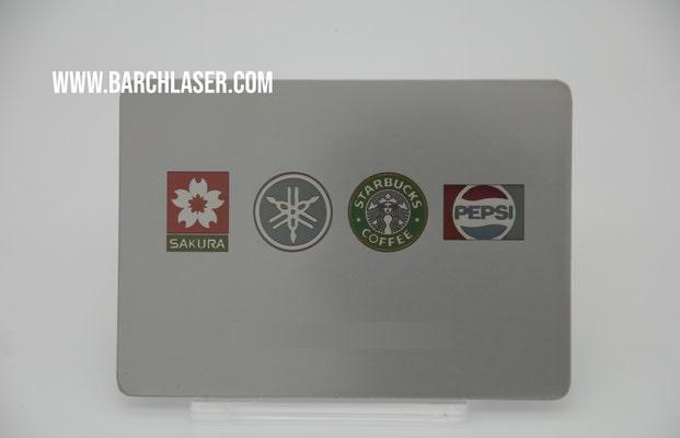 Grabado de colores sobre acero inoxidable con laser MOPA