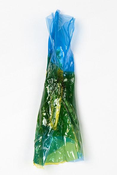 F20-12 - 2012, Farbfolie, ca. 22 × 7 × 4 cm