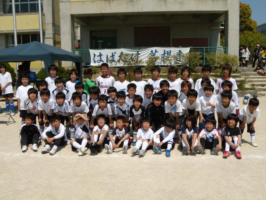 団員たちの集合写真3