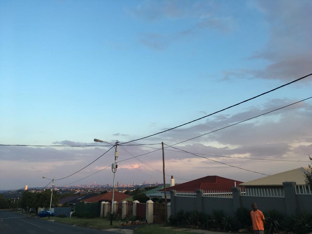 Dies ist Südafrika, wie ich es von Anfang an erlebt habe. Hier wohnt Vernons Familie.