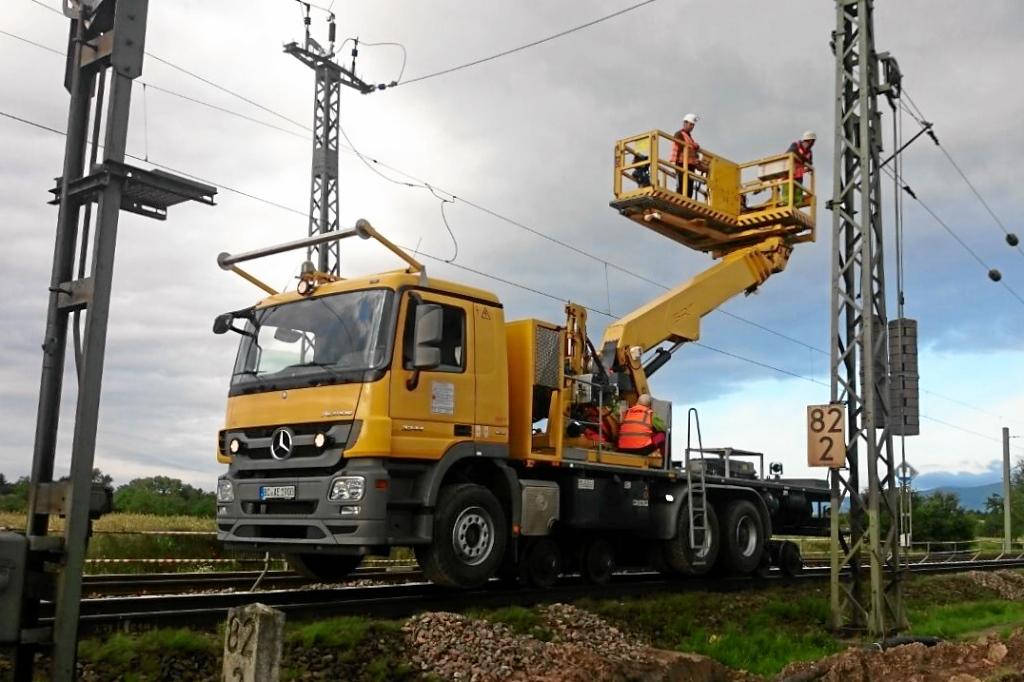 Oberleitungsbau mit Schörling (SRT)