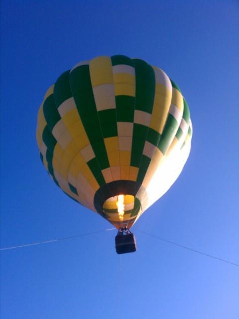 最近乗った気球です