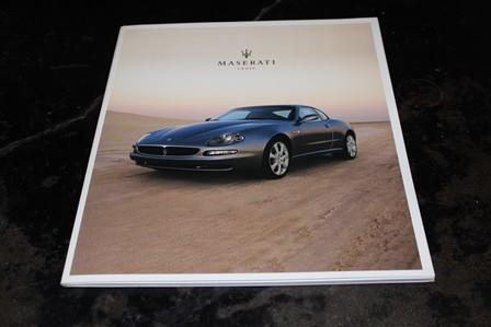 Neuwertiger Originalprospekt von Maserati Deutschland