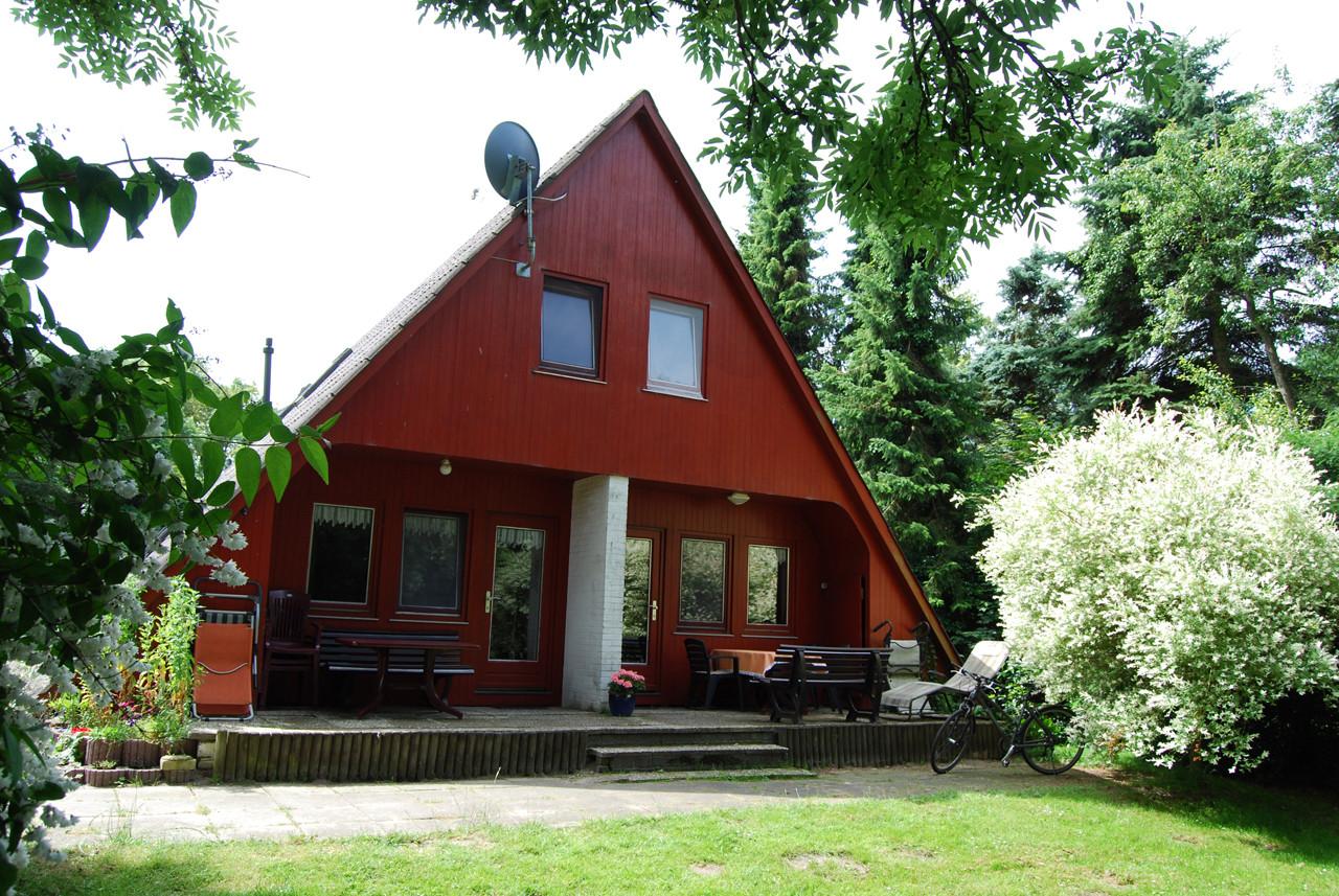 Nurdachhaus FeWo Ost & West - Reiterferien Buchenhof E. Witt und F ...