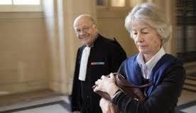Me Philippe Lemaire en compagnie de Mme Erignac