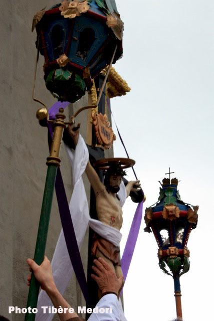 Une pause sur le chemin de la procession