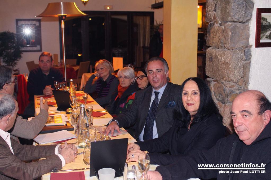 Linda Vincensini, présidente du Lions club Balagne (à droite) et J.-C. Orticoni de Massa