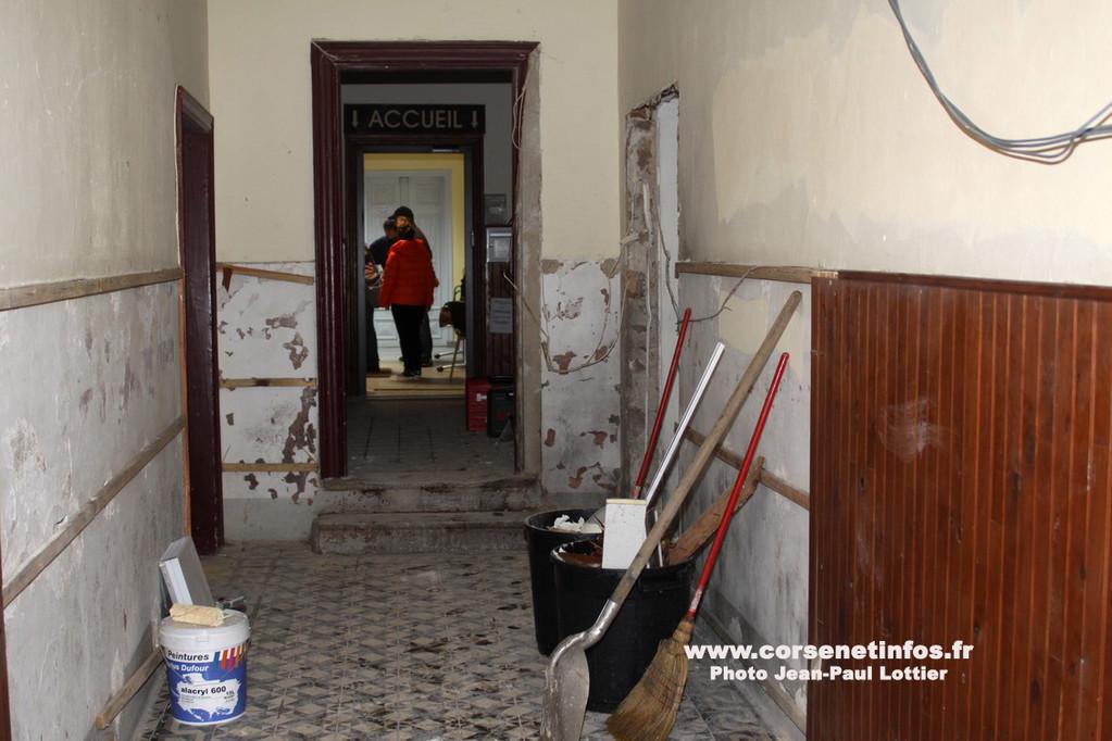 Le couloir où la charge a été déposée