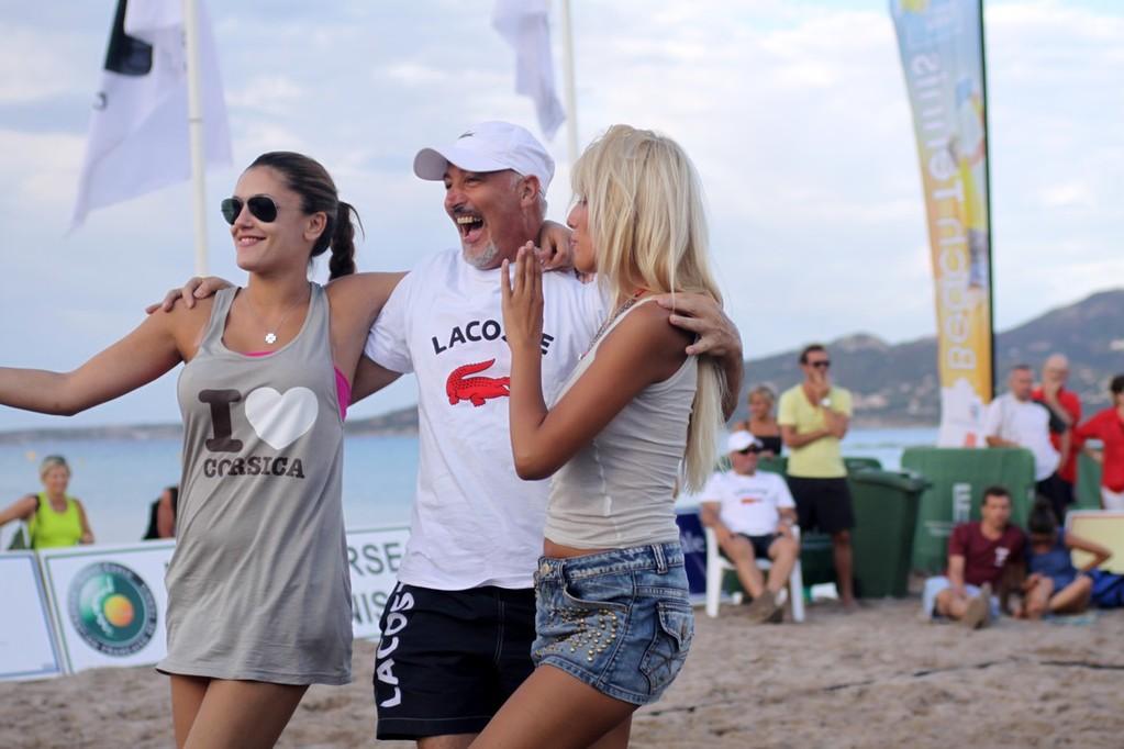 Ambiance sur les courts avec Jessica et Ivana