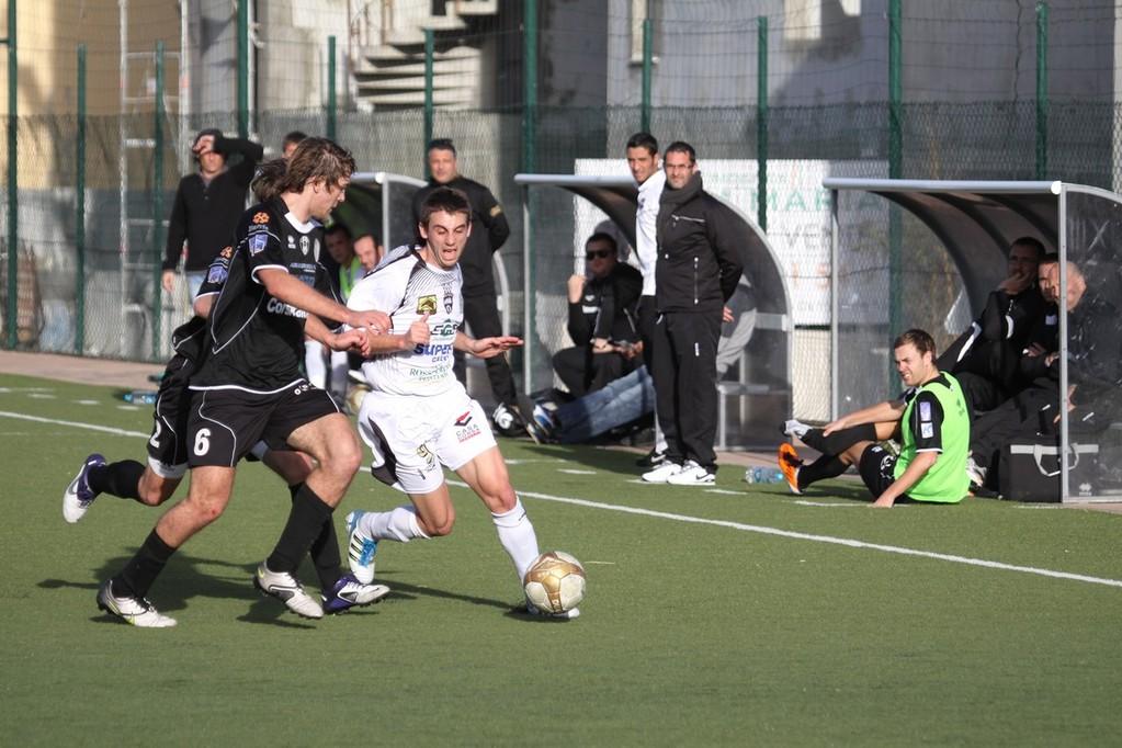 A deux pour stopper Giannone
