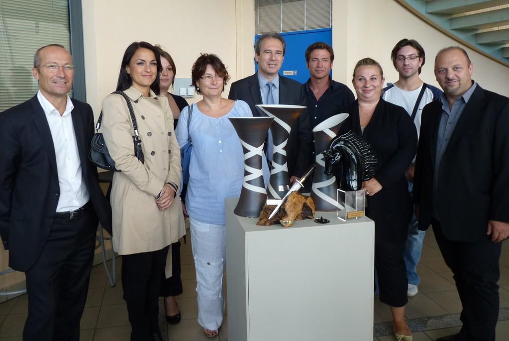 Les lauréats avec Jean Zuccarelli, Gilles Giovanangeli et les partenaires du concours