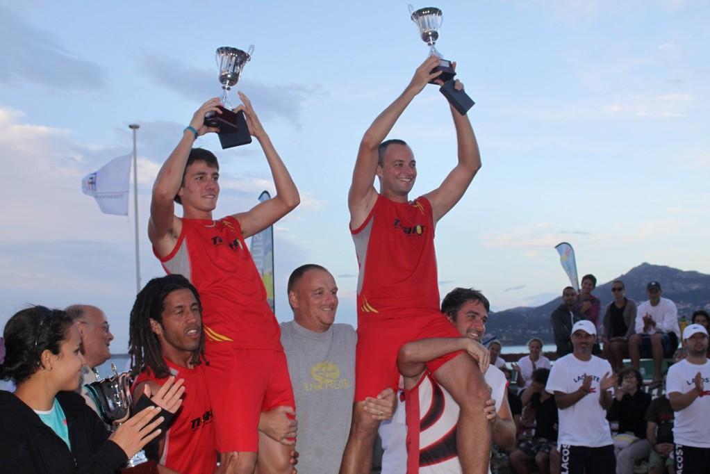 Olivier Samaran et Romain Bourse portés en triophe par les finalistes