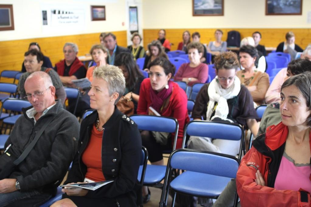 Le public à la conférence sur les différentes missions des eco-organismes