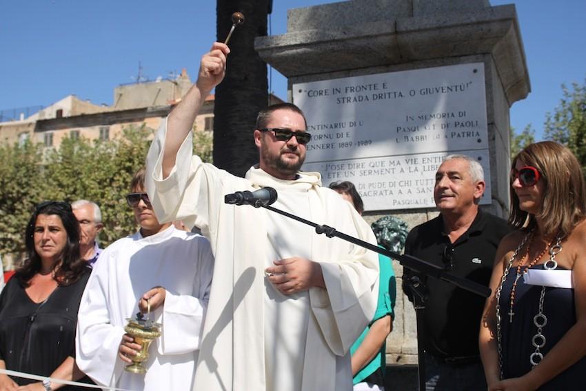 Bénédiction par le Père Marcin Monka