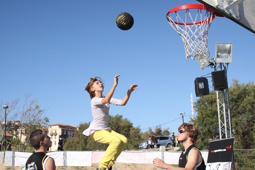 Le basket dans les airs