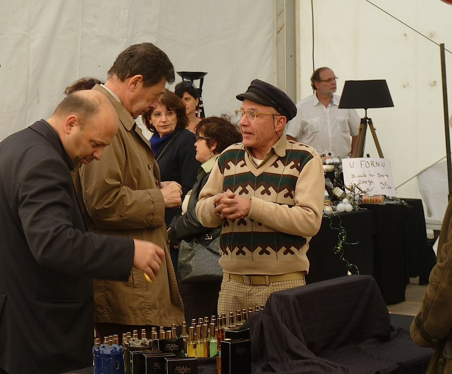 Antoine Piacentini et Emile Zuccarelli à l'écoute des exposants