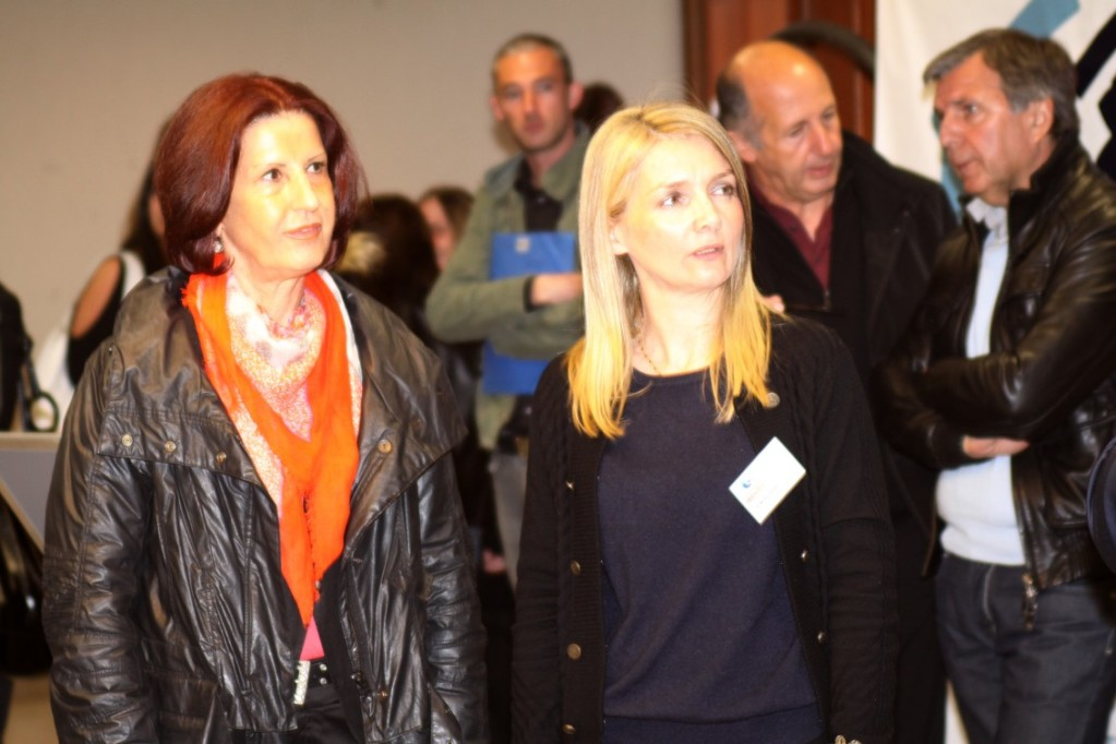 Mme Sylvie Romani (à droite) assurant l'intérim de la directrice Pôle emploi de L'Ile-Rousse