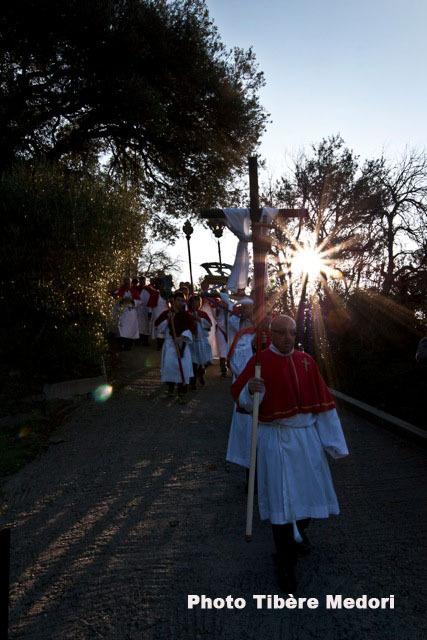 Dès vendredi matin les trois processions de Figarella, Mandriale et San Martino di Lota