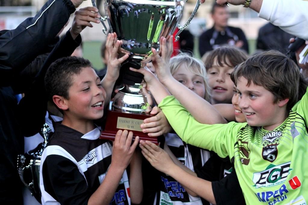 Le FC Calvi 1 soulève le challenge