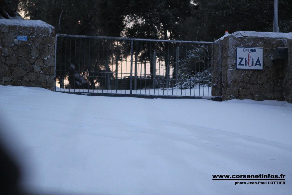L'entrée de l'usine des eaux de Zilia