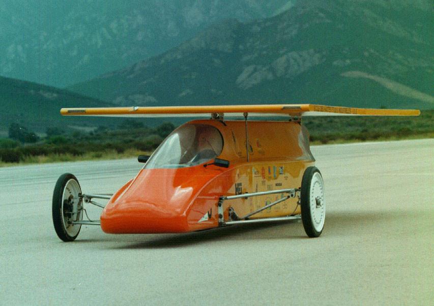 1997 avec un véhicule électrique