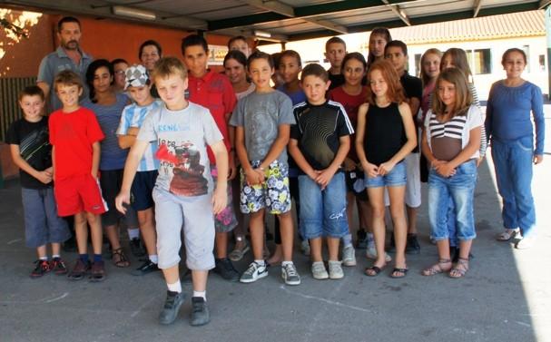 """Les écoliers d'Aleria participeront à cette première fête du jeu (et non du jouet) qui promet d'être animée. Les """"concours"""" de pezzetta"""" ont déjà commencé dans les cours de récréation"""