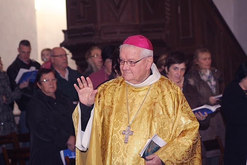 Mgr Bonfils à son arrivée au couvent de Corbara