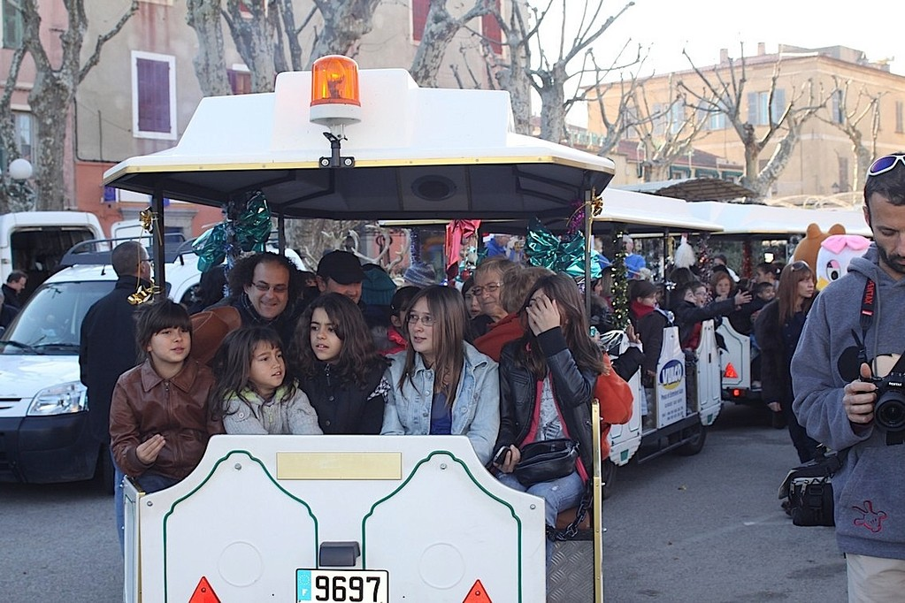 La parade en petit train?