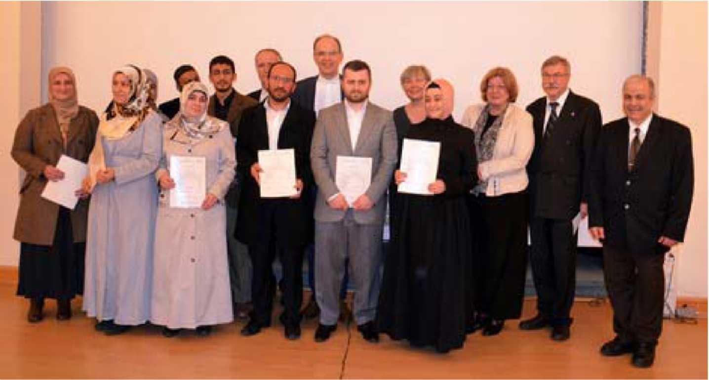 Ersten Absolventen des Ausbildungskurses Seelischer Beistand für muslimische Patienten (12.03.2014)