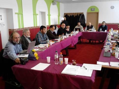 Drei Mal jährlich trifft sich die Konferenz der Islamischen Landesverbände. Die Tagung vom 6.12.2014 widmete sich den Fragen des Zusammenwirkens der islamischen Verbände mit der akademischen, islamisch-theologischen Elite.